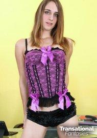 Kelly Klamour 2 image